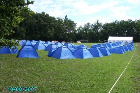 terrain-tentes-2